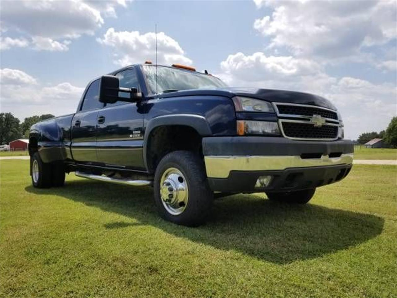 2006 Chevrolet Silverado (CC-1246092) for sale in Cadillac, Michigan