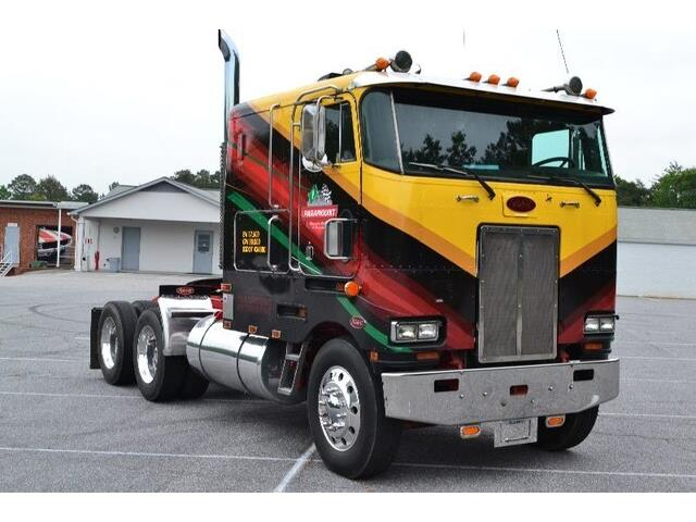 1983 Peterbilt Recreational Vehicle (CC-1247770) for sale in Hickory, North Carolina