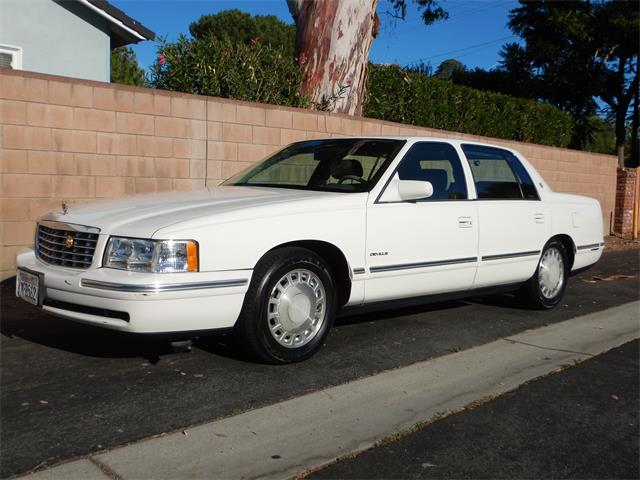 1997 Cadillac Sedan DeVille (CC-1240840) for sale in Woodland Hills, California
