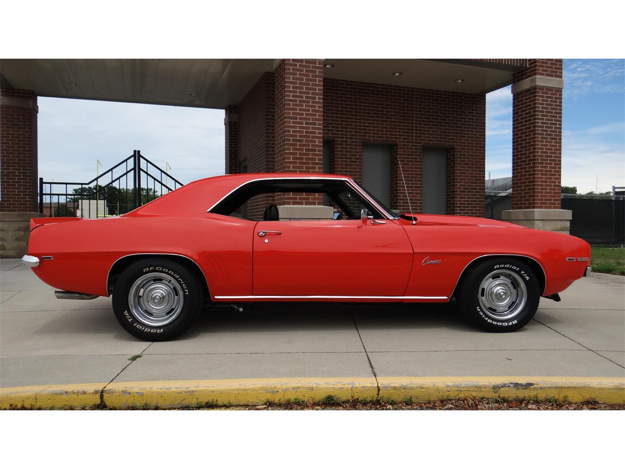 1969 Chevrolet Camaro (CC-1249808) for sale in Davenport, Iowa