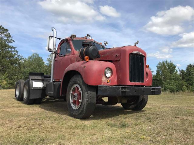 1955 Mack Truck (CC-1252132) for sale in Ishpeming, Michigan