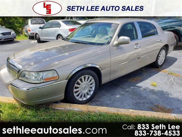 2003 Lincoln Town Car (CC-1252671) for sale in Tavares, Florida