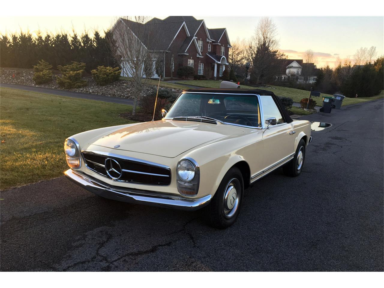 1966 Mercedes-Benz 230SL (CC-1252938) for sale in Las Vegas, Nevada