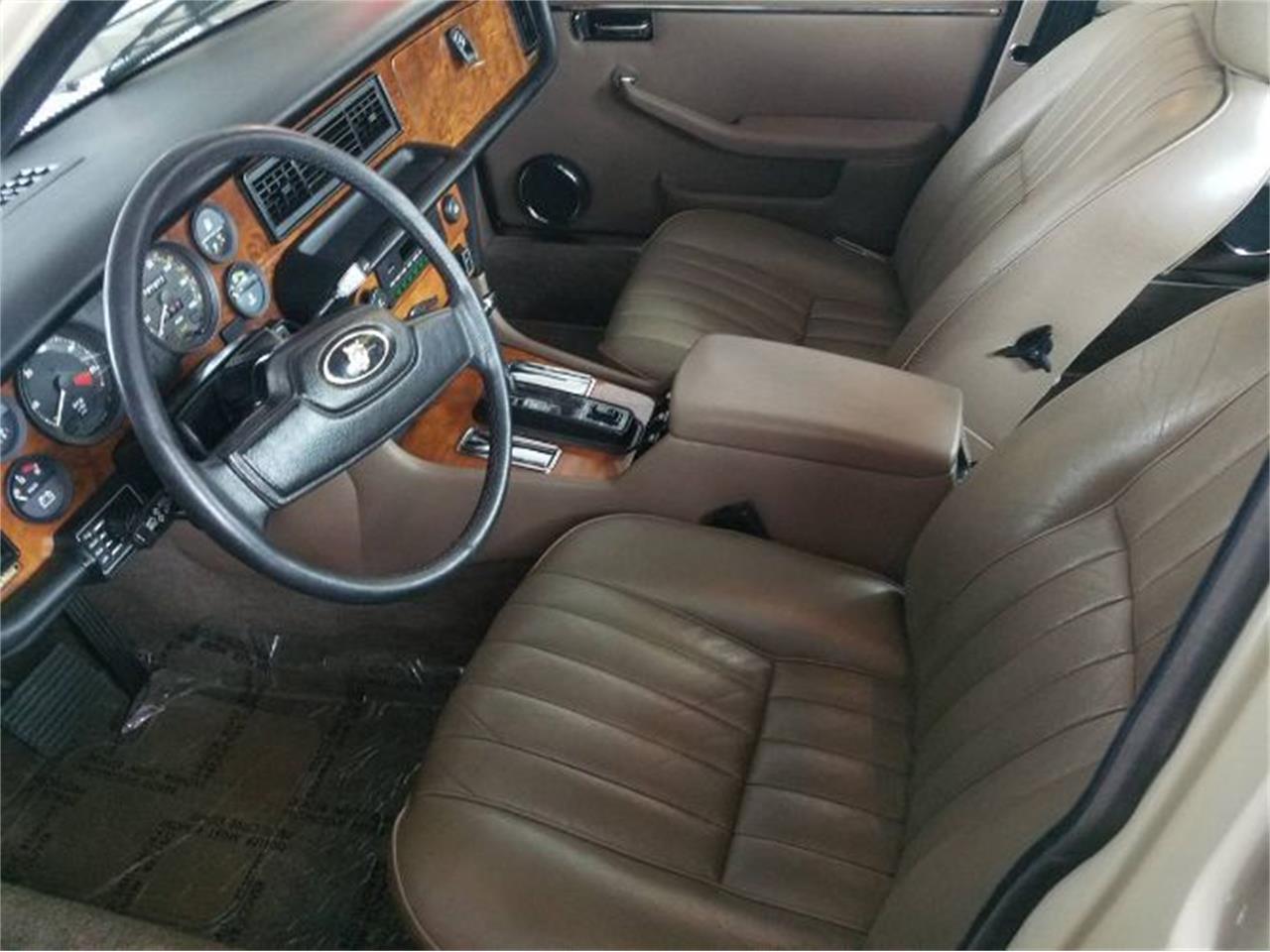 1986 Jaguar XJ6 (CC-1259473) for sale in Cadillac, Michigan