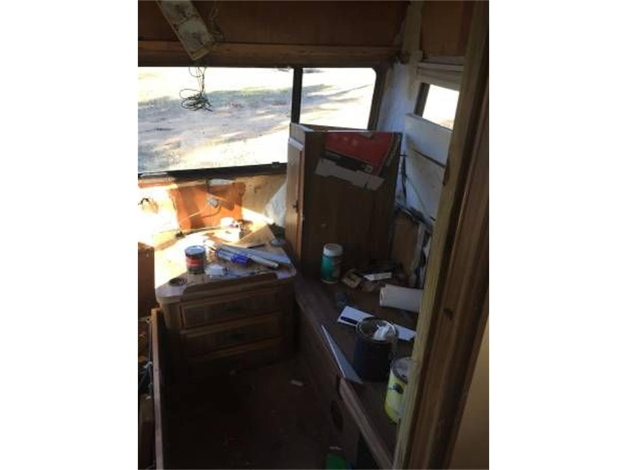 1987 Winnebago Recreational Vehicle (CC-1262226) for sale in Cadillac, Michigan