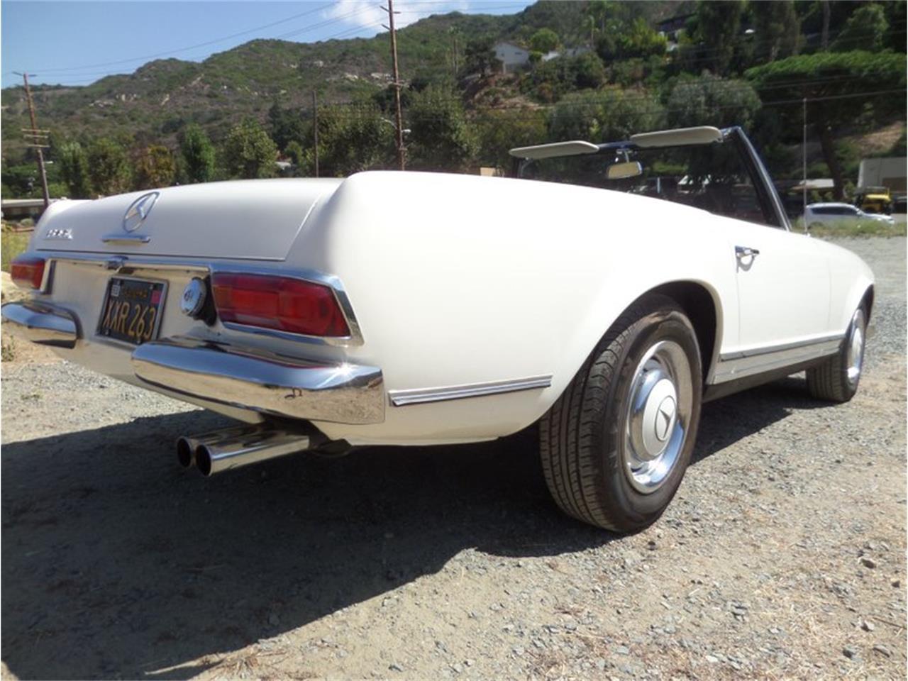 1967 Mercedes-Benz 250SL (CC-1263357) for sale in Laguna Beach, California