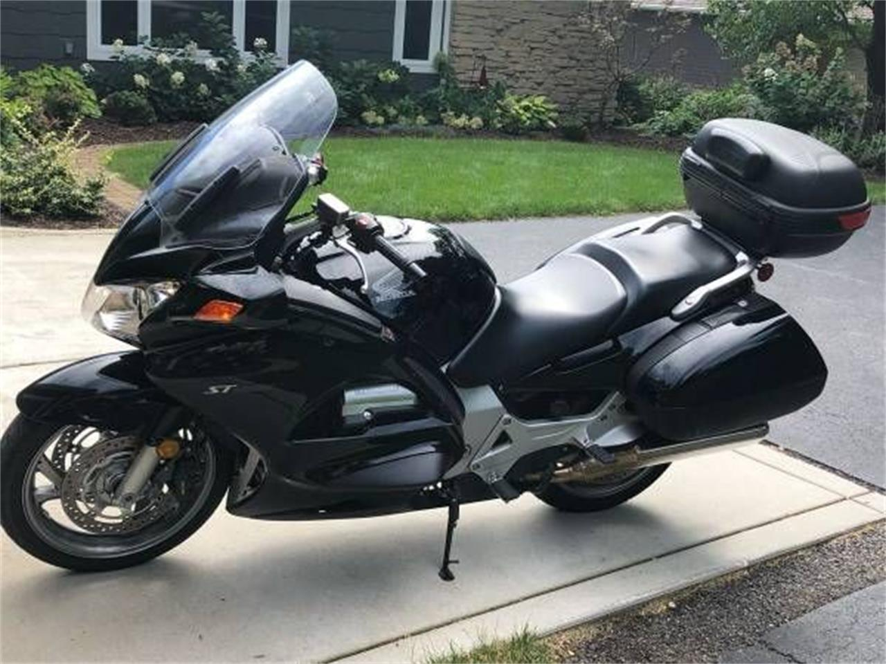 2006 Honda Motorcycle (CC-1260450) for sale in Cadillac, Michigan