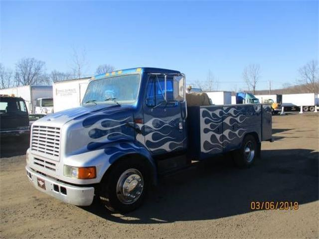 2001 International Flatbed Truck (CC-1265284) for sale in Cadillac, Michigan