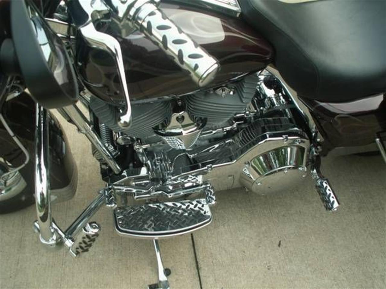 2005 Harley-Davidson FLHT (CC-1260534) for sale in Cadillac, Michigan