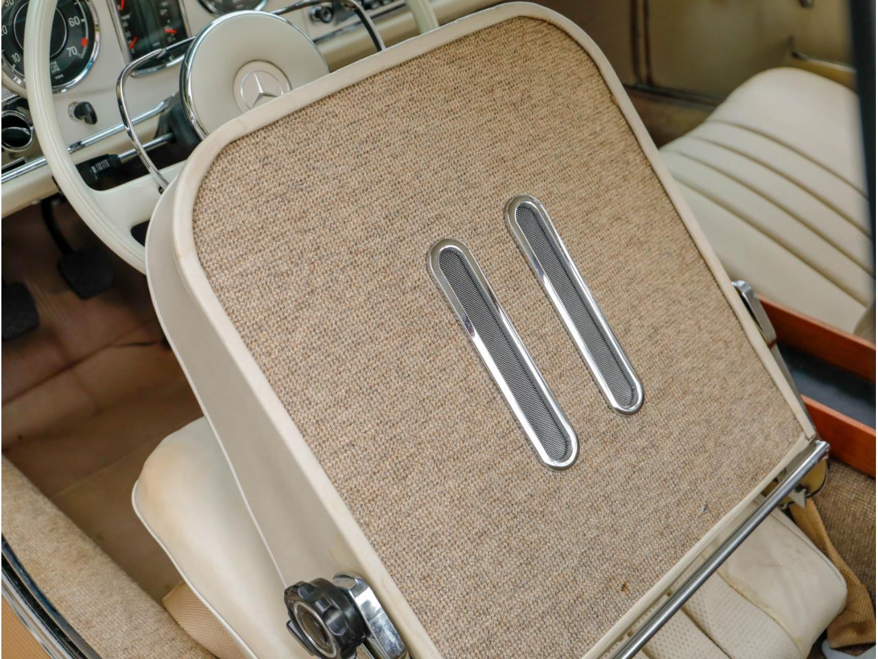 1966 Mercedes-Benz 230SL (CC-1265738) for sale in Marina Del Rey, California