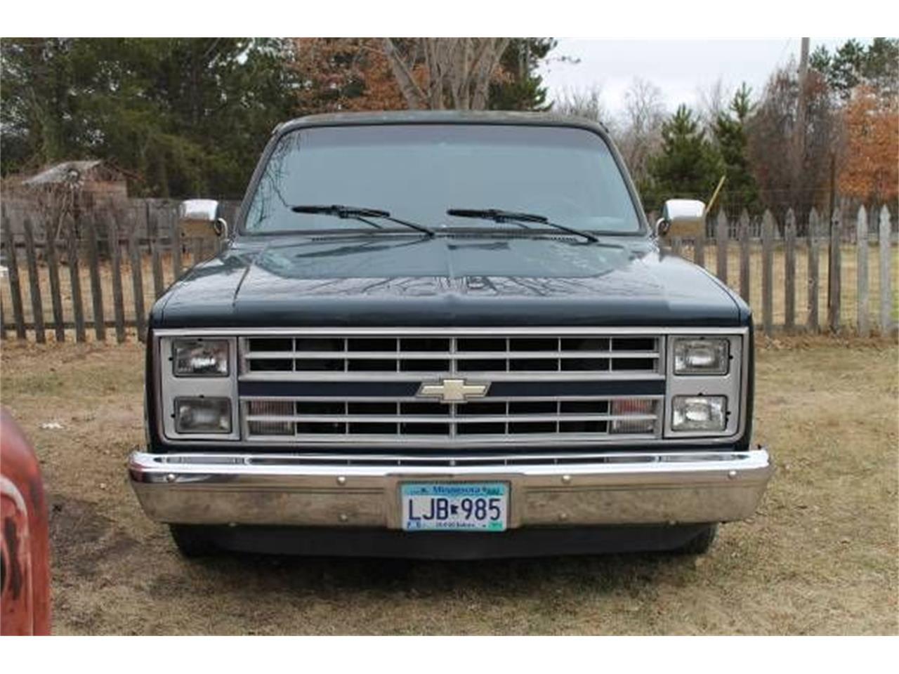 1987 Chevrolet Suburban (CC-1267164) for sale in Cadillac, Michigan