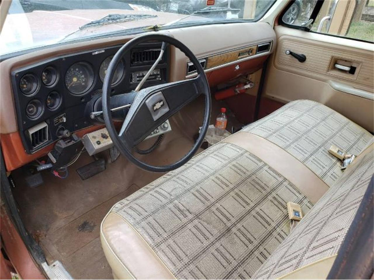 1977 Chevrolet Suburban (CC-1268810) for sale in Cadillac, Michigan