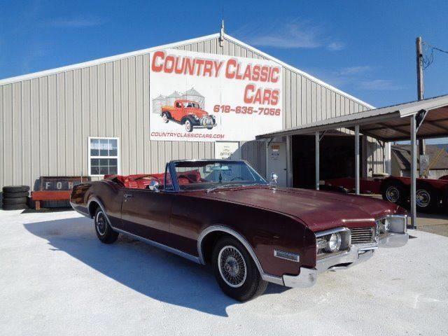 1967 Oldsmobile Delta 88 (CC-1271991) for sale in Staunton, Illinois
