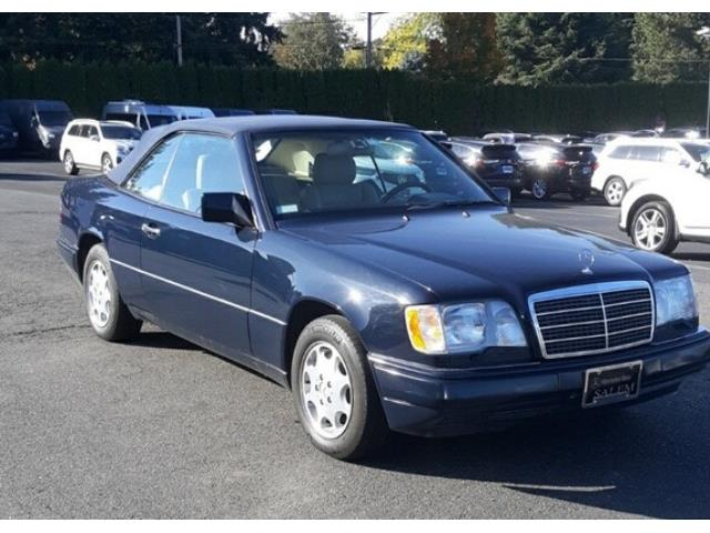 1995 Mercedes-Benz E320 (CC-1273989) for sale in Palm Springs, California
