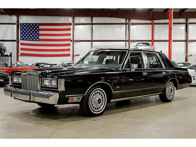 1985 Lincoln Town Car (CC-1274132) for sale in Kentwood, Michigan