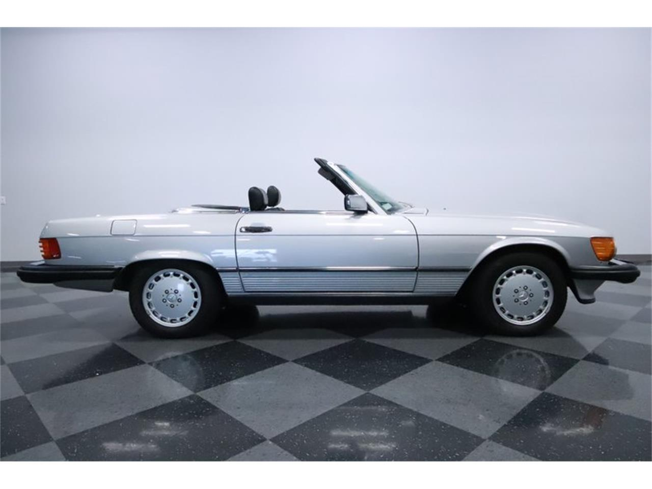 1988 Mercedes-Benz 560SL (CC-1274171) for sale in Mesa, Arizona