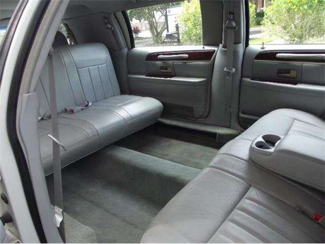 2006 Lincoln Town Car (CC-1274310) for sale in Cadillac, Michigan