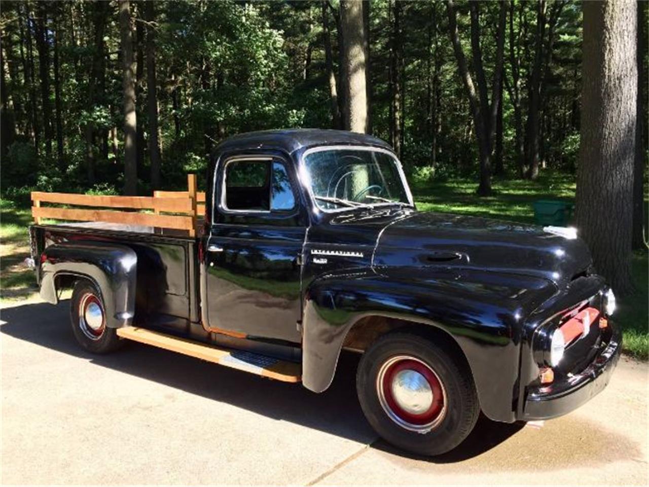 1954 International R110 (CC-1275687) for sale in Cadillac, Michigan