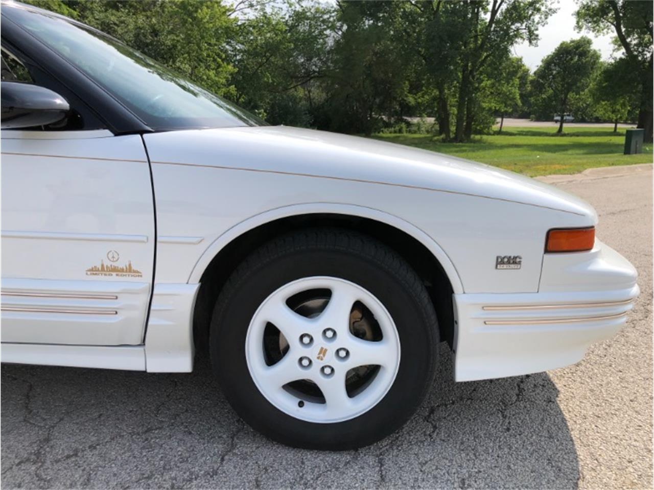 1994 Oldsmobile Cutlass (CC-1293621) for sale in Mundelein, Illinois