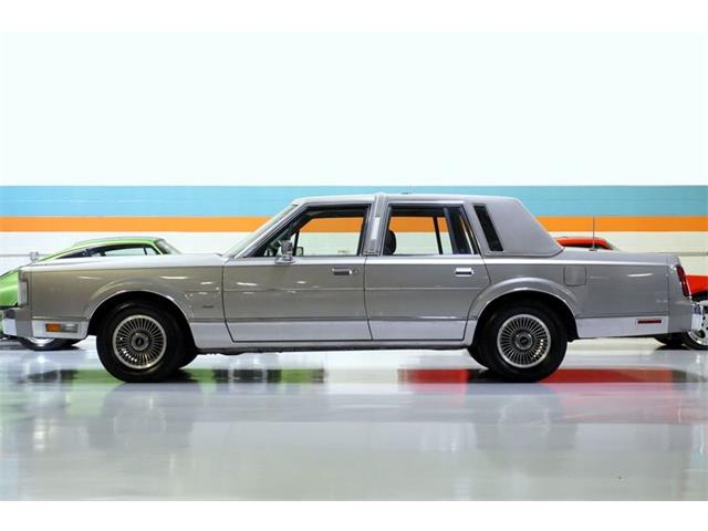 1988 Lincoln Town Car (CC-1294751) for sale in Solon, Ohio