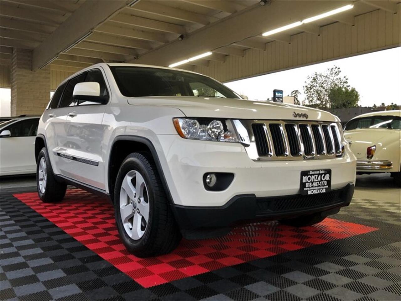 2011 Jeep Grand Cherokee (CC-1296170) for sale in Sherman Oaks, California