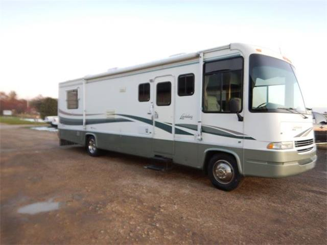 1999 Ford Recreational Vehicle (CC-1297091) for sale in Clarence, Iowa