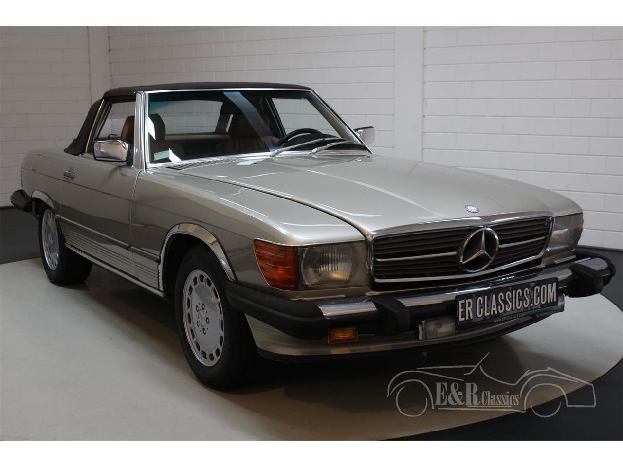1986 Mercedes-Benz 560SL (CC-1297140) for sale in Waalwijk, Noord-Brabant