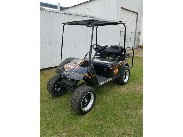 2004 E-Z-GO Golf Cart (CC-1297603) for sale in Dallas, Texas