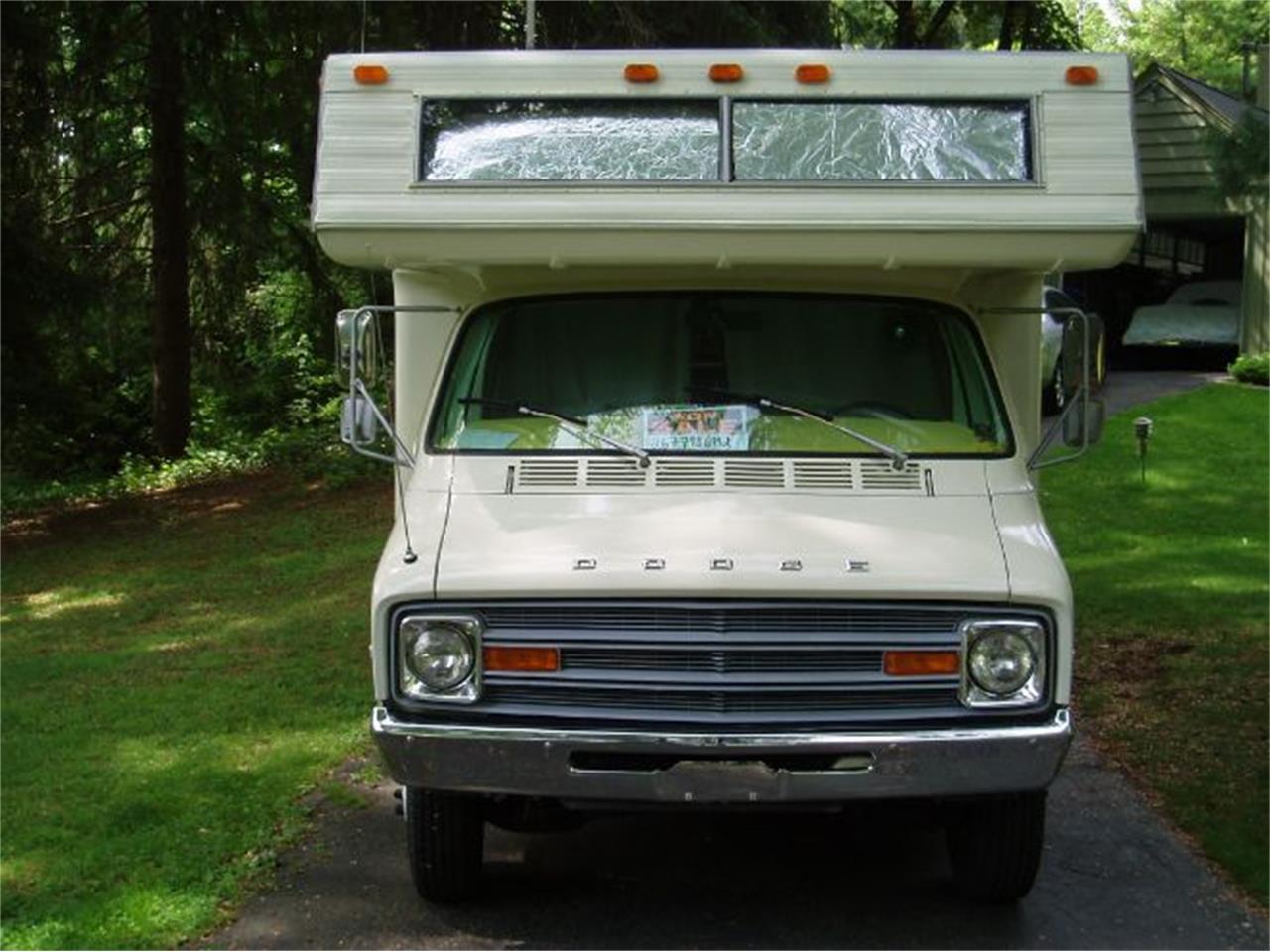 1977 Dodge Sportsman (CC-1299590) for sale in Cadillac, Michigan