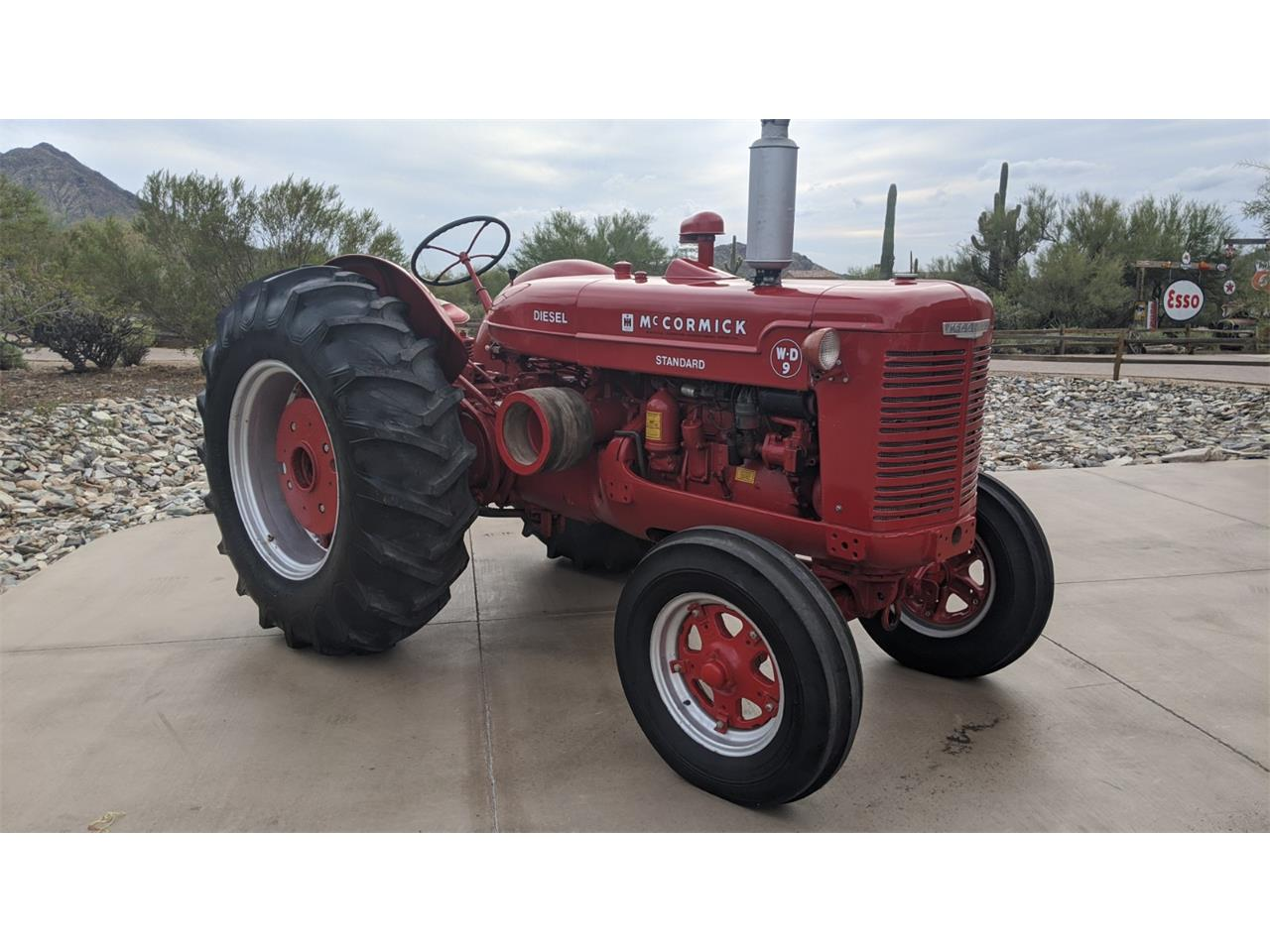 1952 International Tractor (CC-1302247) for sale in North Pheonix, Arizona