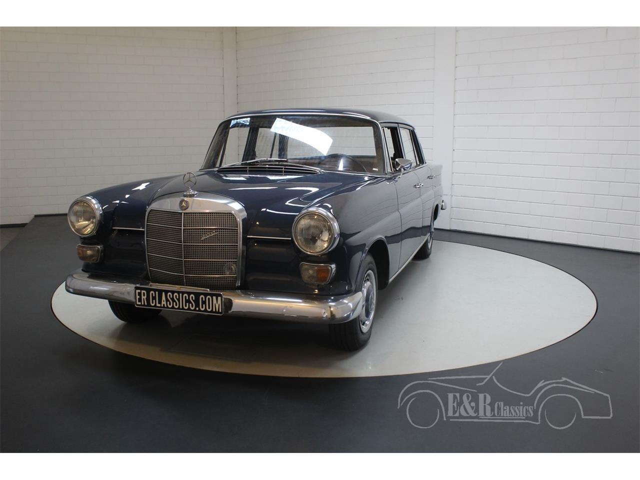 1967 Mercedes-Benz 200 (CC-1302420) for sale in Waalwijk, Noord-Brabant