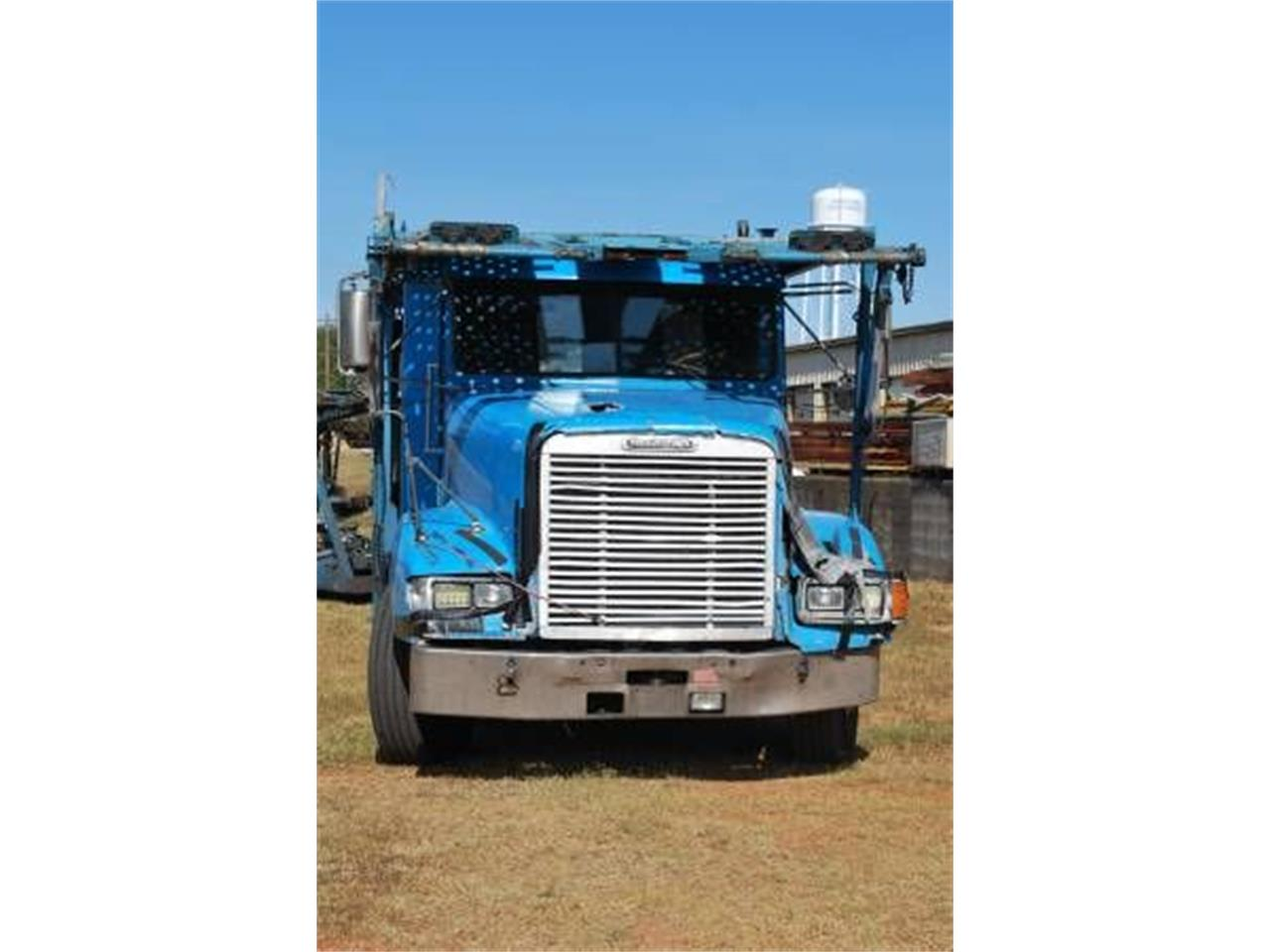 1999 Freightliner Truck (CC-1302991) for sale in Cadillac, Michigan