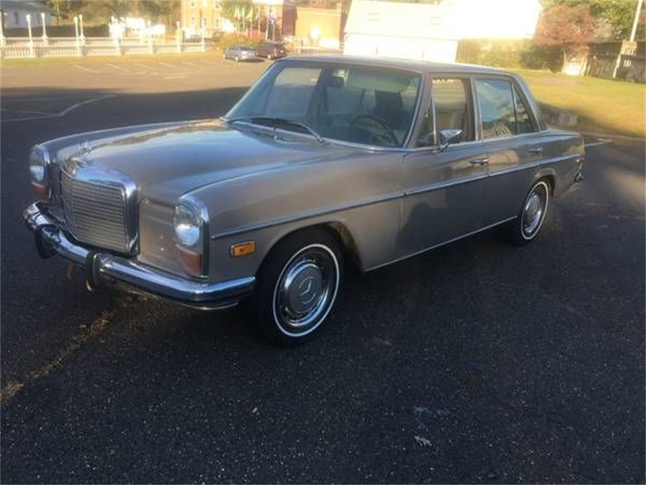 1972 Mercedes-Benz 220 (CC-1303550) for sale in Cadillac, Michigan