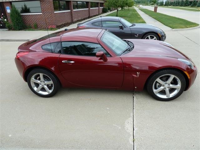 2010 Pontiac Solstice (CC-1304075) for sale in Macomb, Michigan