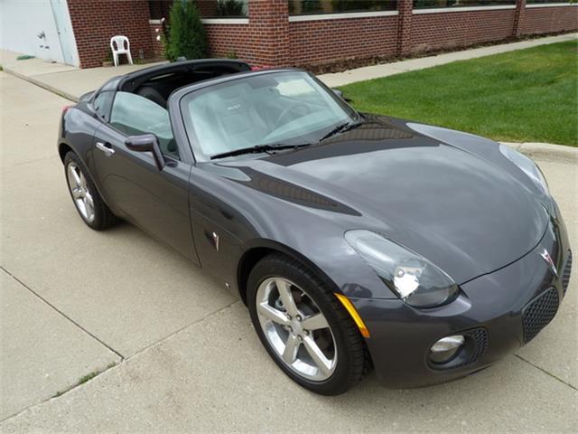 2010 Pontiac Solstice (CC-1304170) for sale in Macomb, Michigan