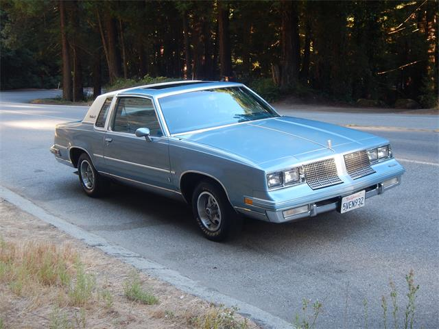 1985 Oldsmobile Cutlass Supreme Brougham (CC-1305933) for sale in Woodside , California