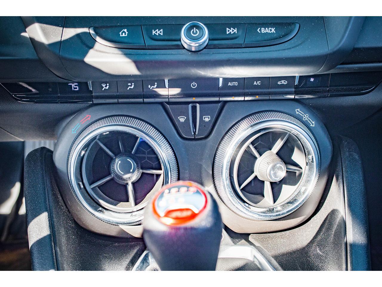 2018 Chevrolet Camaro (CC-1306636) for sale in O'Fallon, Illinois