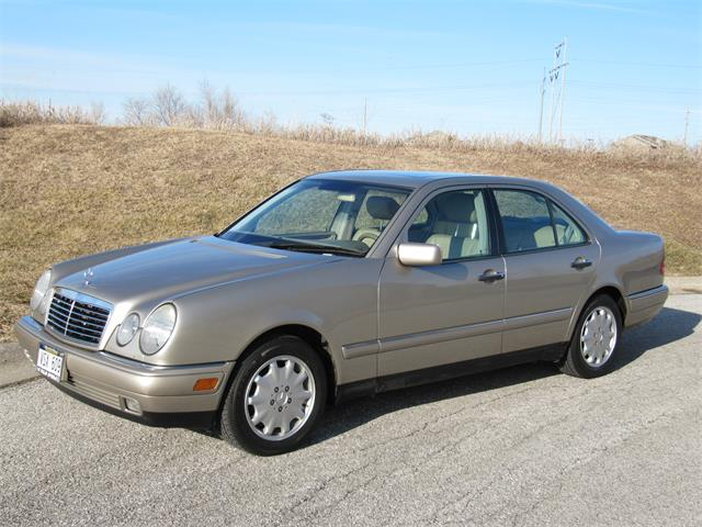 1999 Mercedes-Benz E320 (CC-1308955) for sale in Omaha, Nebraska