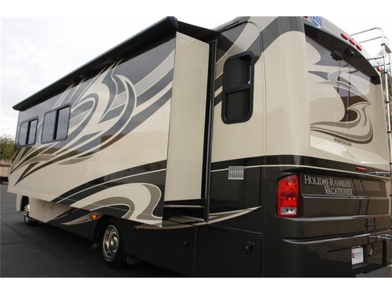 2012 Holiday Rambler Vacationer (CC-1309261) for sale in Phoenix, Arizona