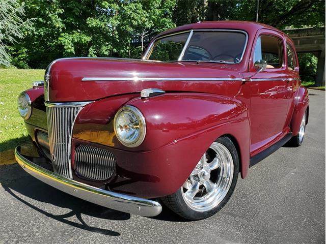 1941 Ford 2-Dr Sedan