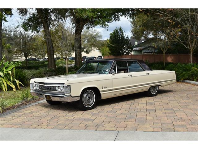 1967 Chrysler Imperial Crown