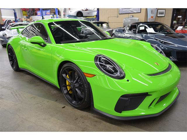 2018 Porsche 911 (CC-1311621) for sale in Huntington Station, New York