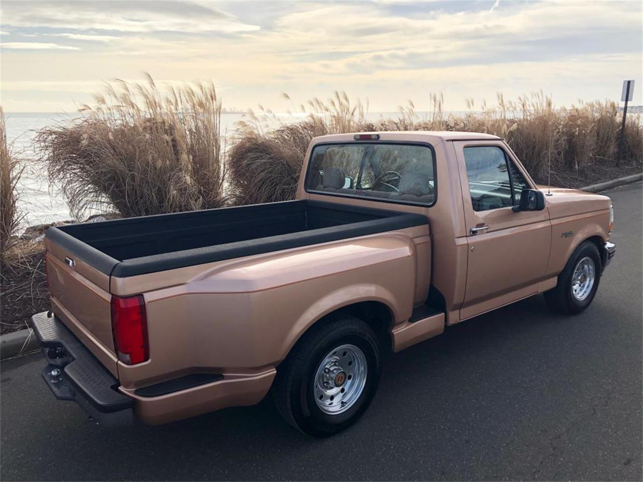 1994 Ford F150 (CC-1312937) for sale in Milford City, Connecticut