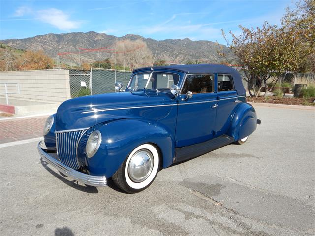 1939 Ford Convertible (CC-1313305) for sale in woodland hills, California