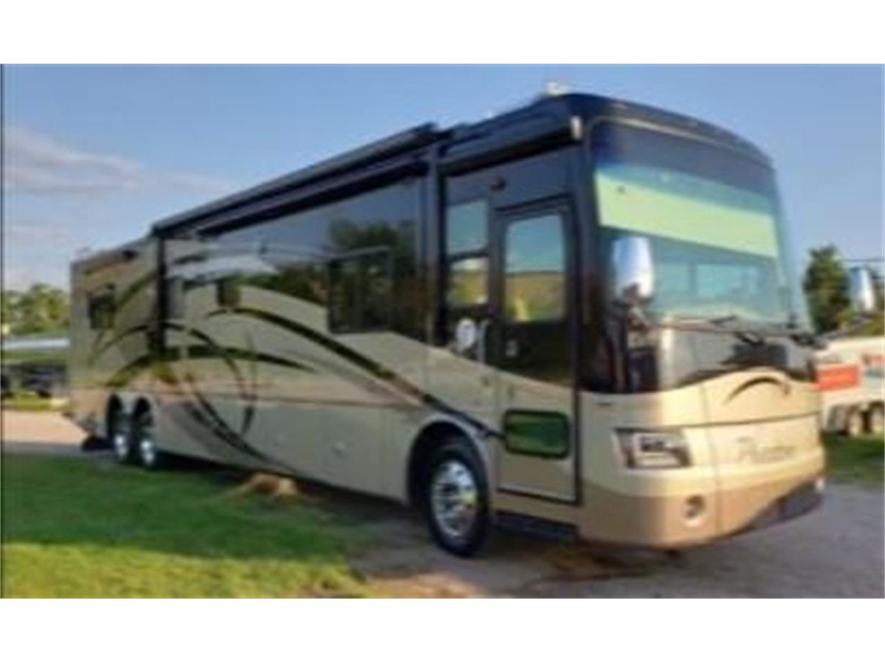 2008 Tiffin Recreational Vehicle (CC-1310004) for sale in Cadillac, Michigan