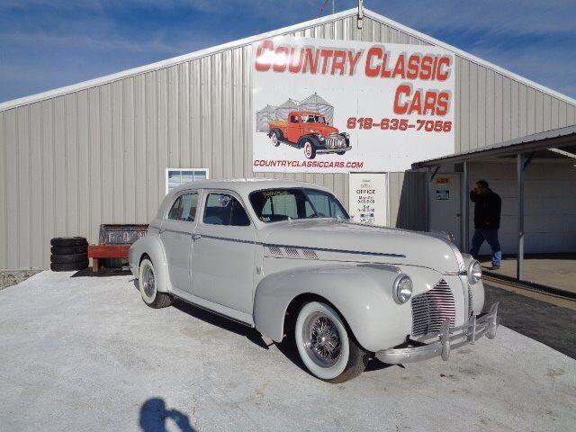 1940 Pontiac 4-Dr Sedan