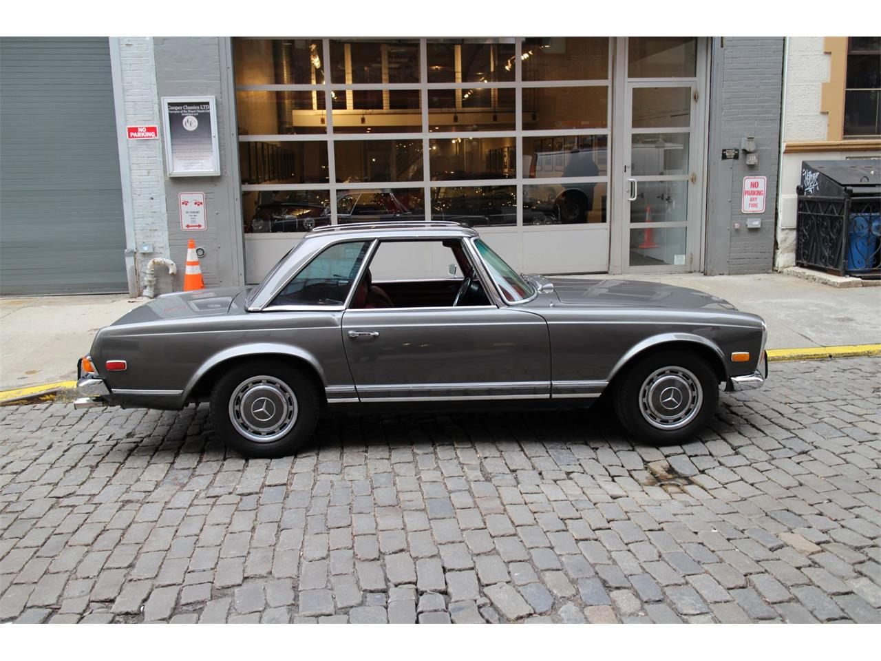 1971 Mercedes-Benz 280SL (CC-1315835) for sale in New York, New York