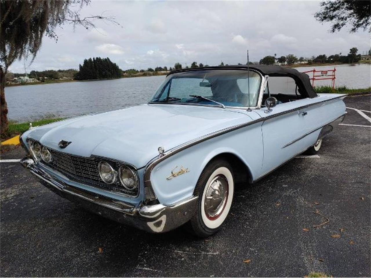 1960 Ford Sunliner (CC-1316968) for sale in Cadillac, Michigan