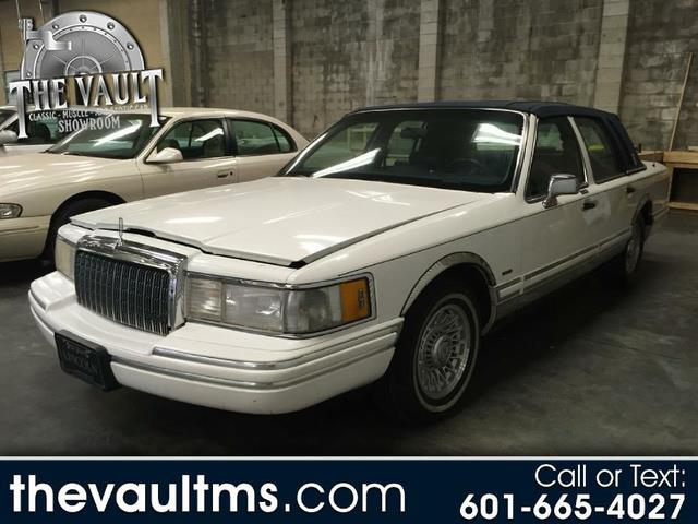 1994 Lincoln Town Car (CC-1317145) for sale in Jackson, Mississippi