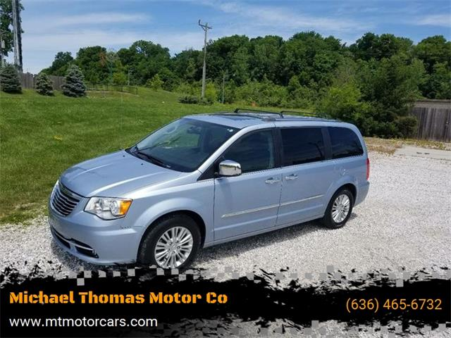 2012 Chrysler Town & Country (CC-1317318) for sale in Saint Charles, Missouri